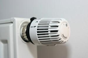 valve-thermostat-1558399-1599x1066