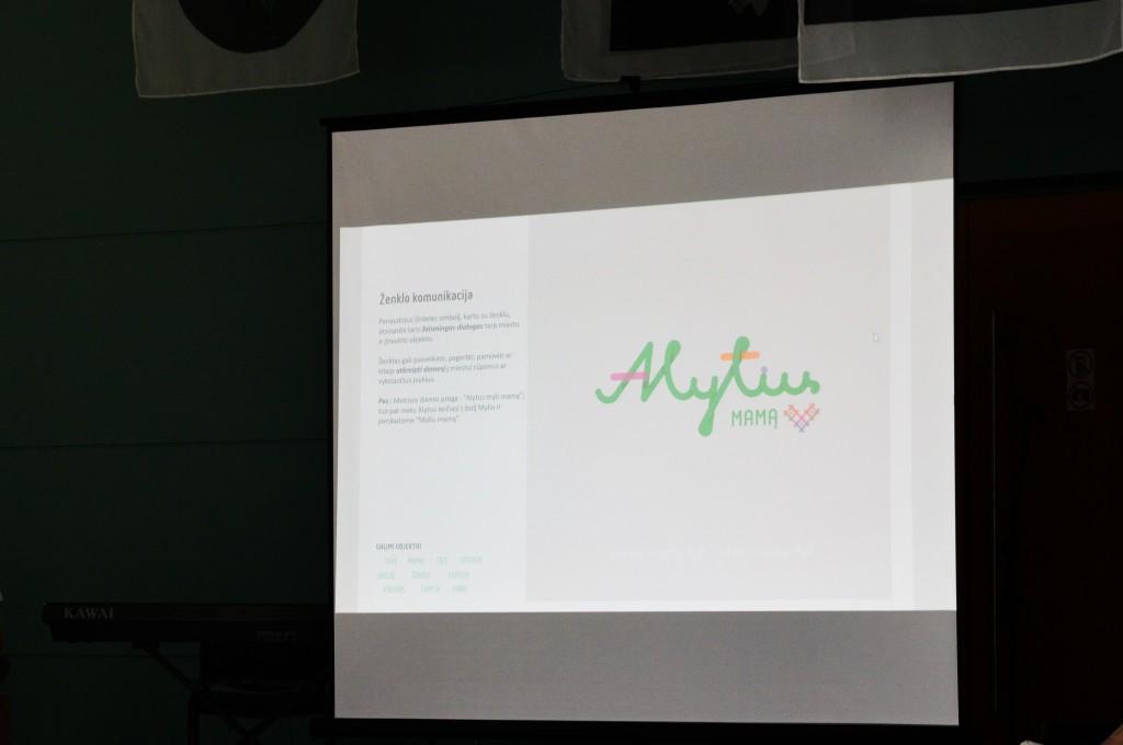 Miesto ženklo pristatyme parodyti ir jo naudojimo būdai.